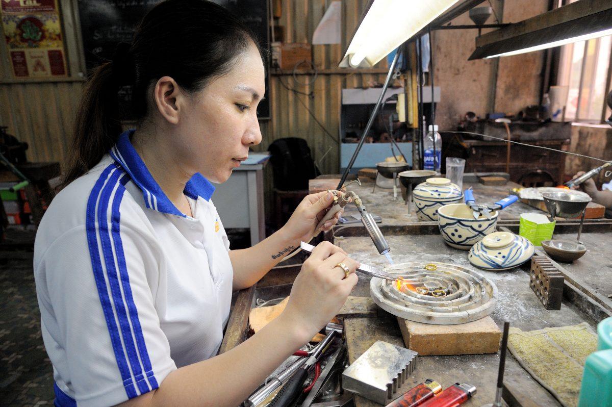 Kỹ thuật tạo mẫu trang sức trong chế tác trang sức