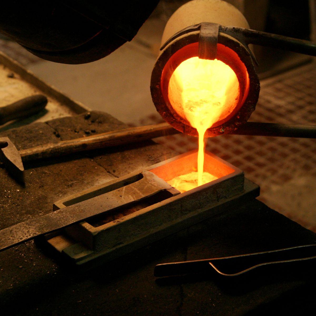 11 giai đoạn chế tác trang sức vàng bạc