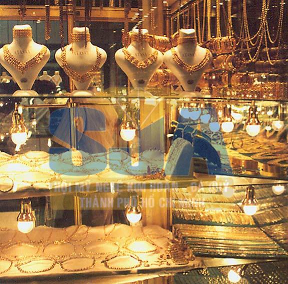 Mở tiệm vàng cần trang bị gì
