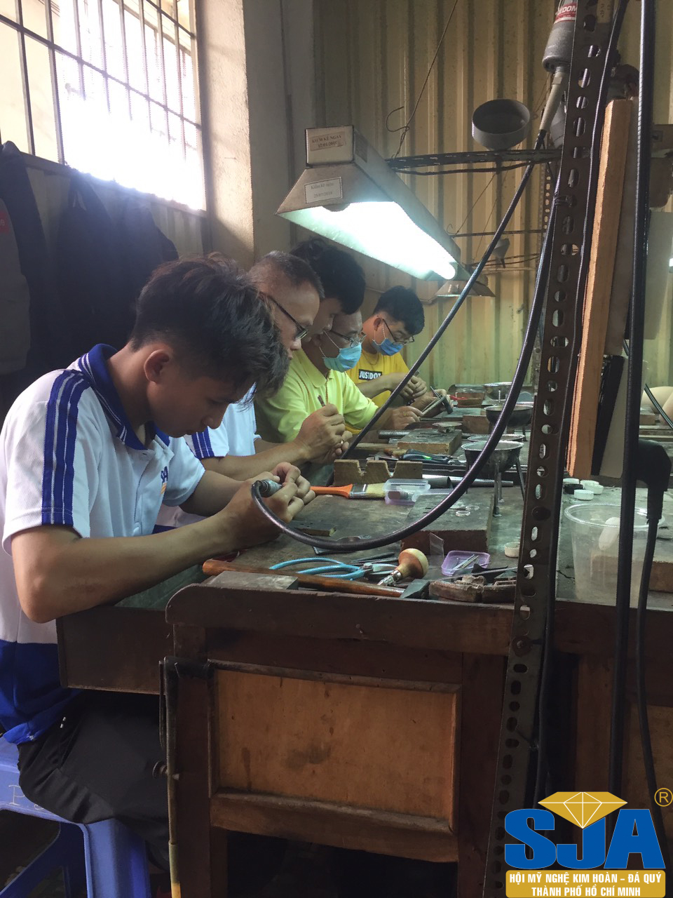 Kỹ thuật phân kim thu hồi kim loại quý