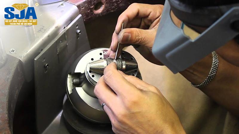 Trang sức phải trải qua quy trình chế tác như thế nào?