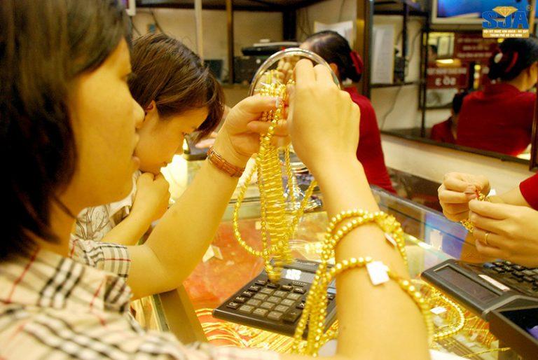 Cách xác định vàng thật có thật sự dễ không?